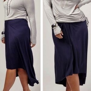 NWT Draped Jersey Knit Skirt 26/28